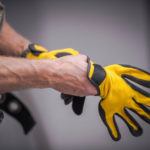 Как выбрать защитные перчатки